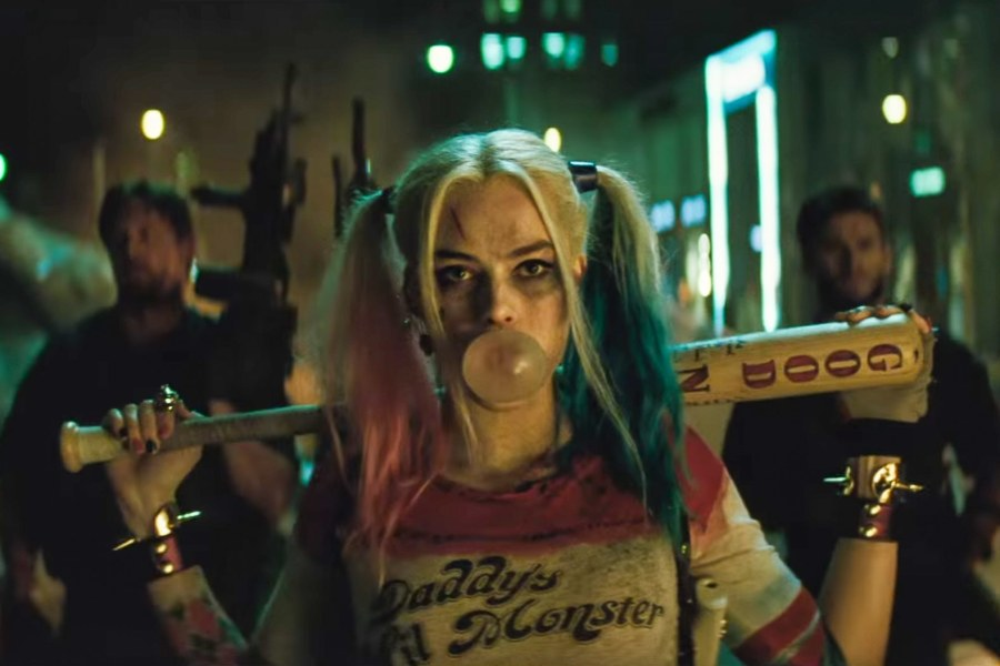 margot-robbie-suicide-squad-critique