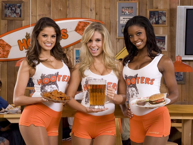 hooters-girls-waitresses_134514